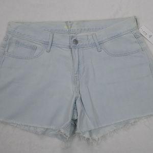NWT Old Navy Light Wash Cut off Jean Shorts, Sz 6